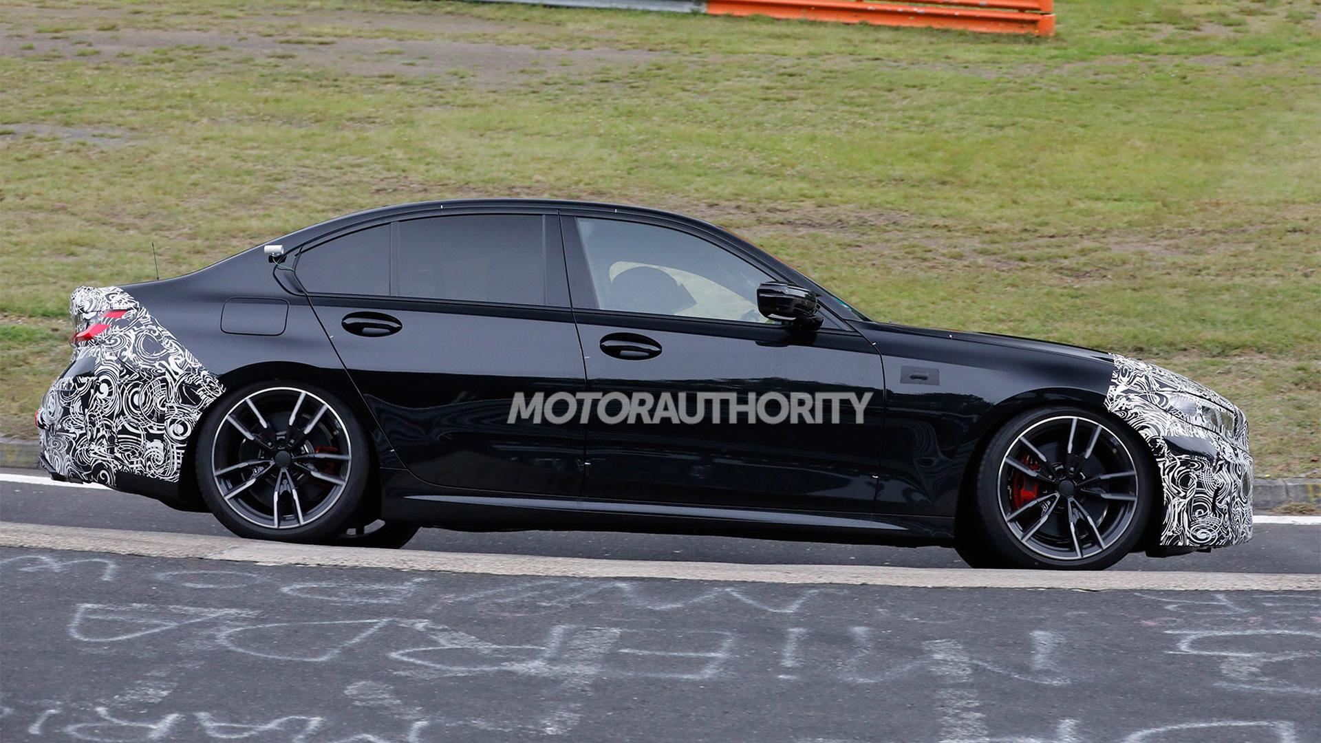 2023 BMW 3-Series facelift spy shots - Photo credit:S. Baldauf/SB-Medien
