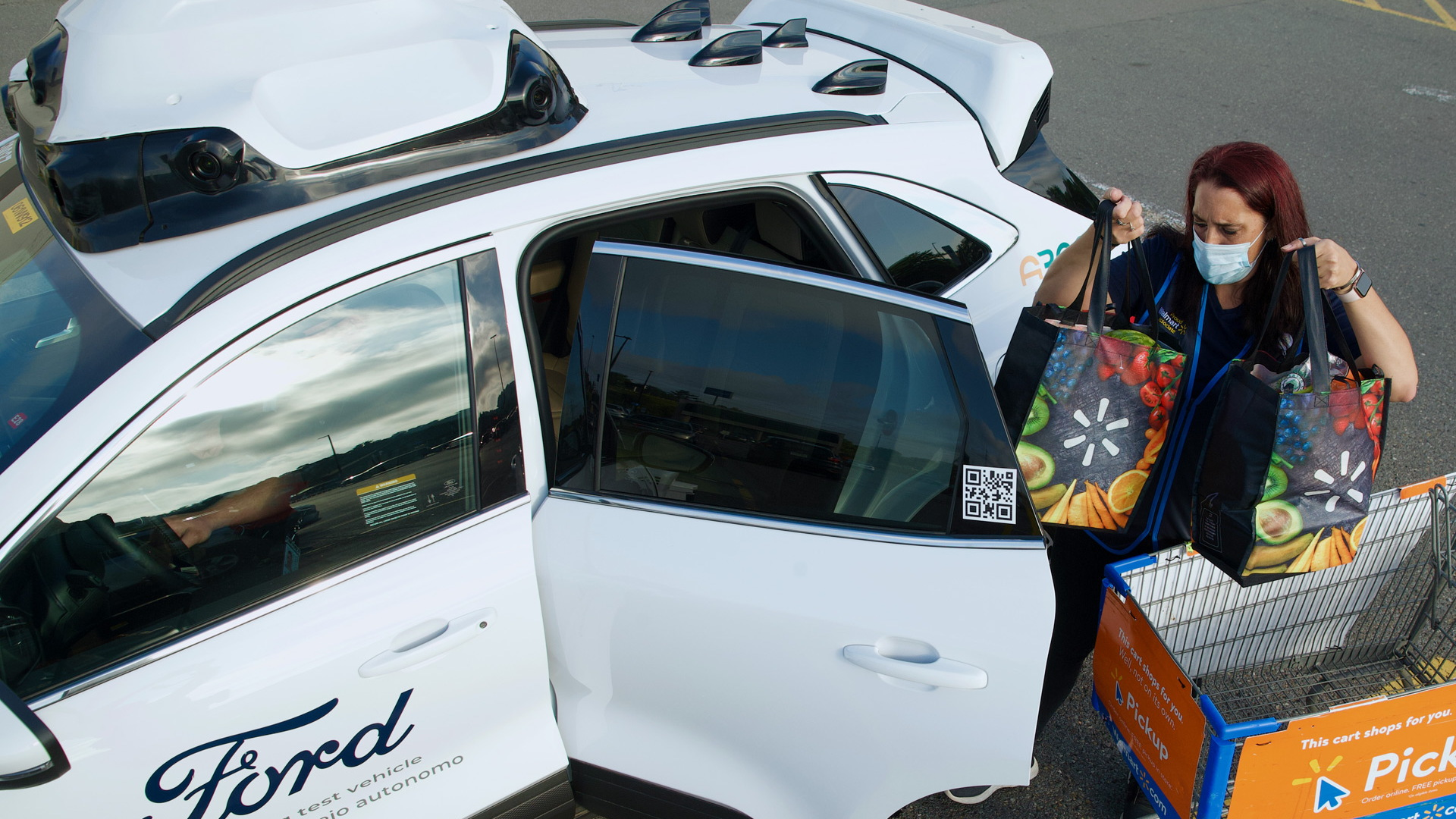 Walmart driverless delivery service with Argo AI and Ford