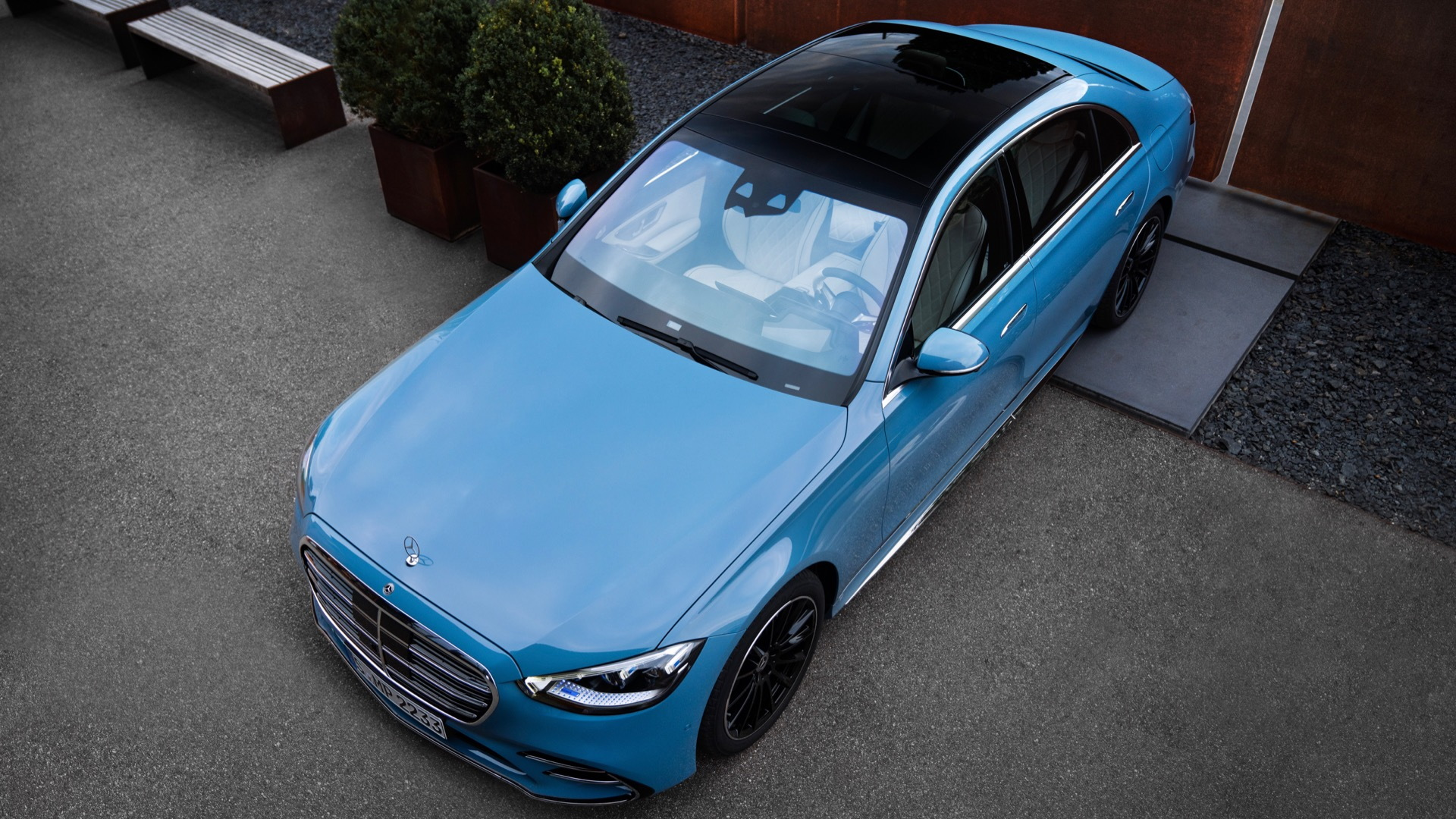 Mercedes-Benz S-Class with Manufaktur options