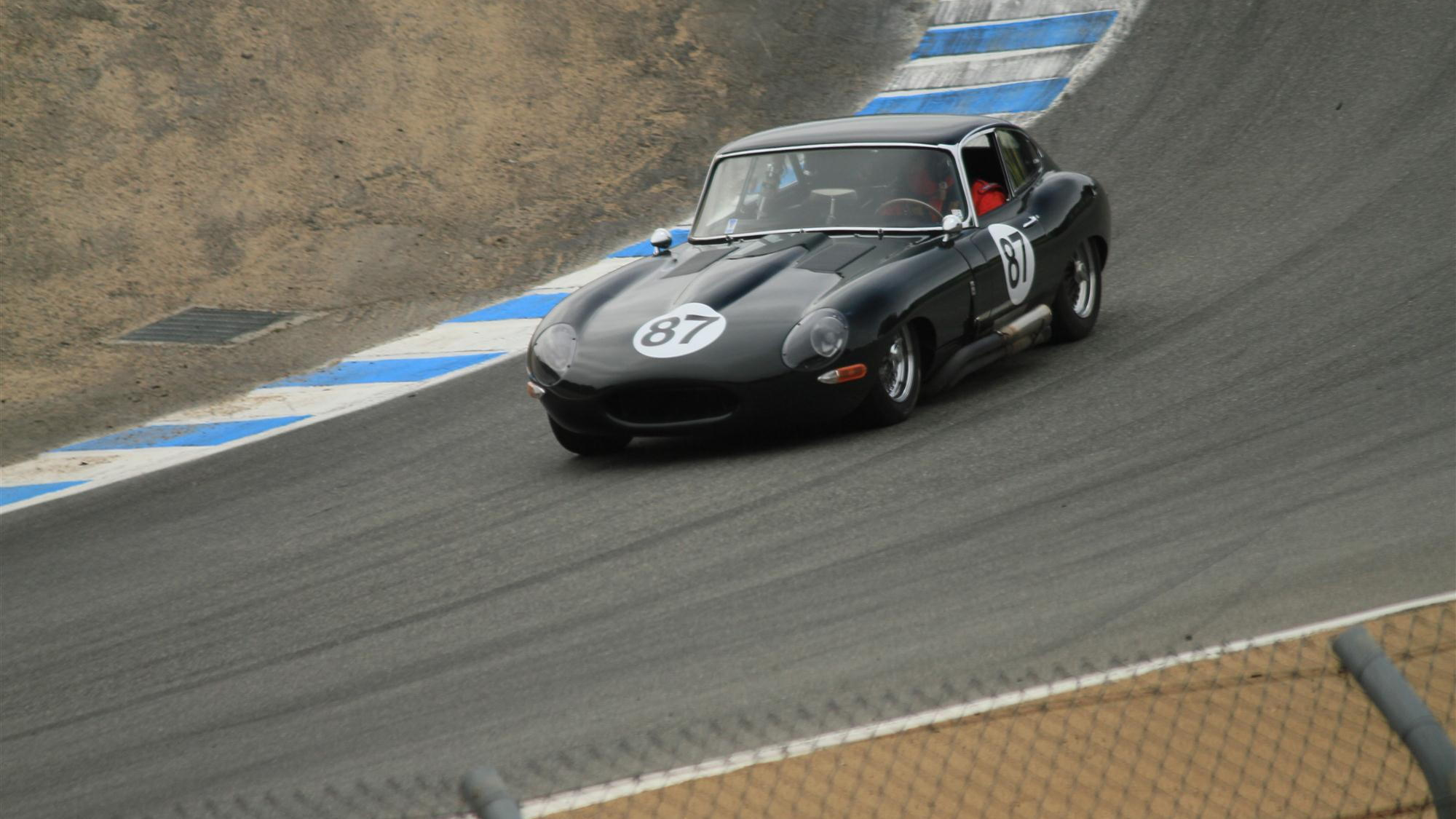 Jaguar E-Types at the Corkscrew, 2011 Rolex Monterey Motorsports Reunion