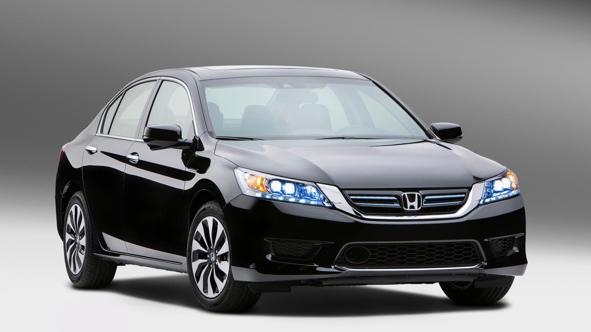 2014 Honda Accord Hybrid Gas Mileage 47 Mpg Combined