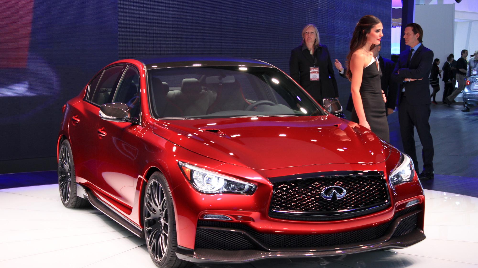 Infiniti Q50 Eau Rouge Concept live photos, 2014 Detroit Auto Show