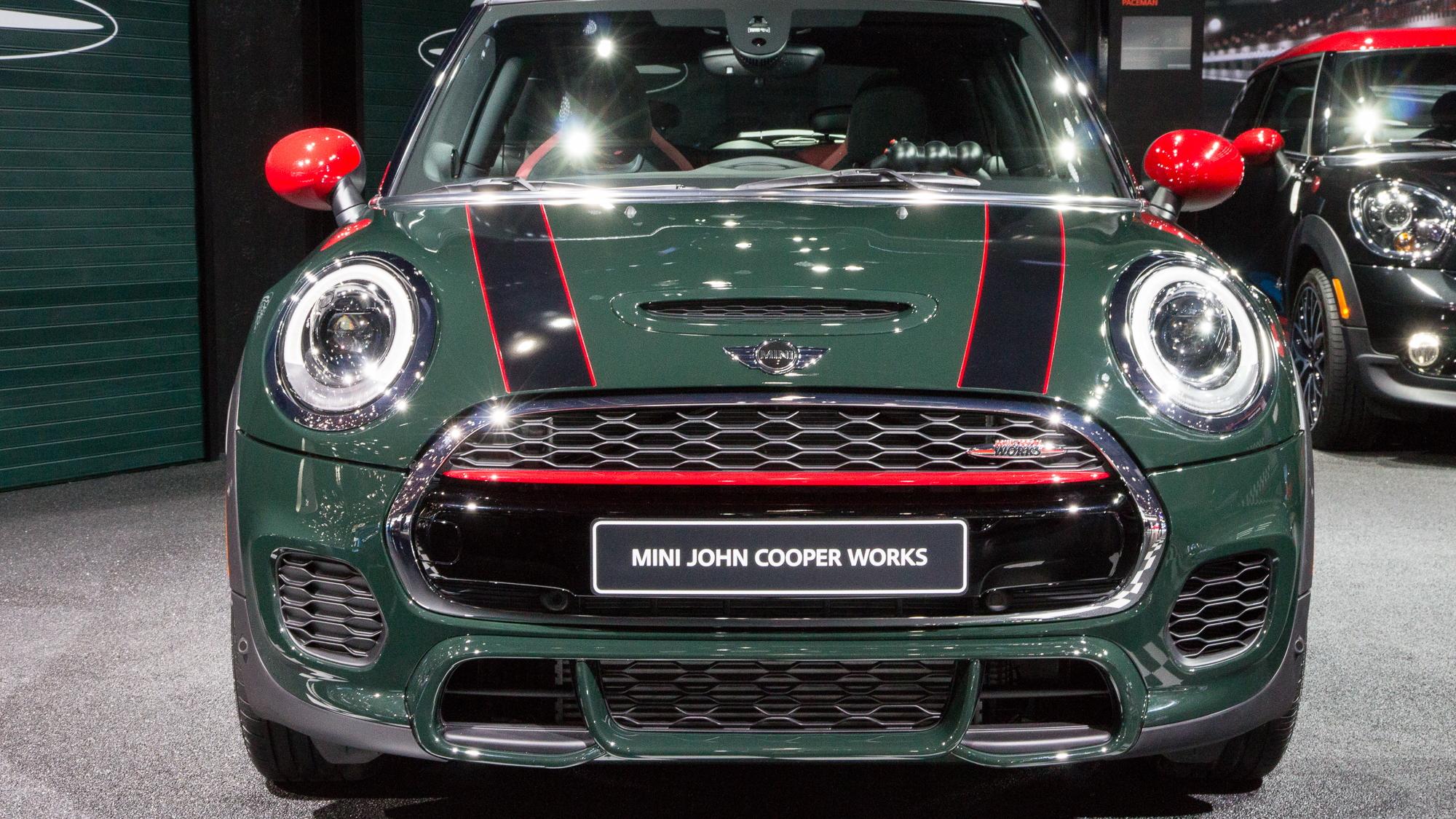2015 MINI John Cooper Works Hardtop live photos, 2015 Detroit Auto Show