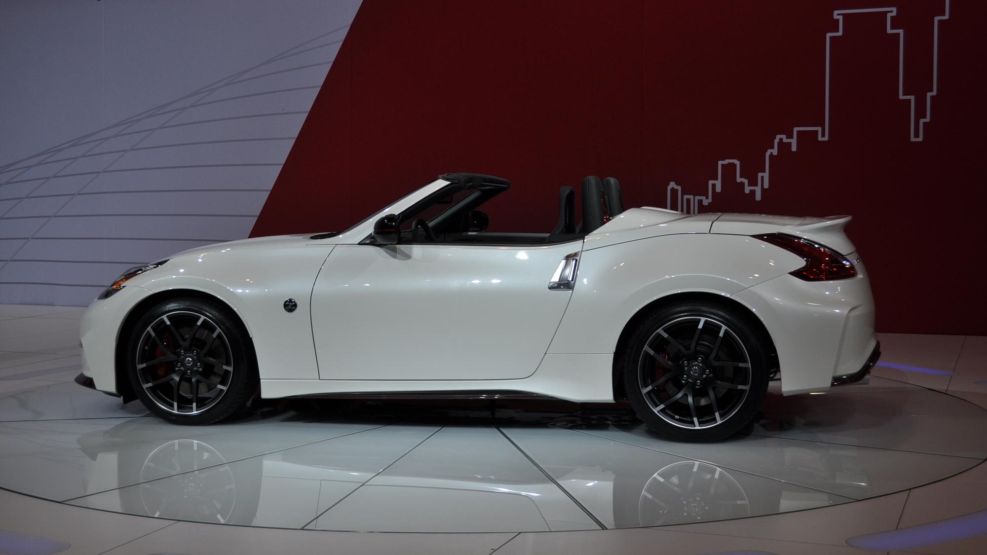Nissan 370Z NISMO Roadster Concept, 2015 Chicago Auto Show