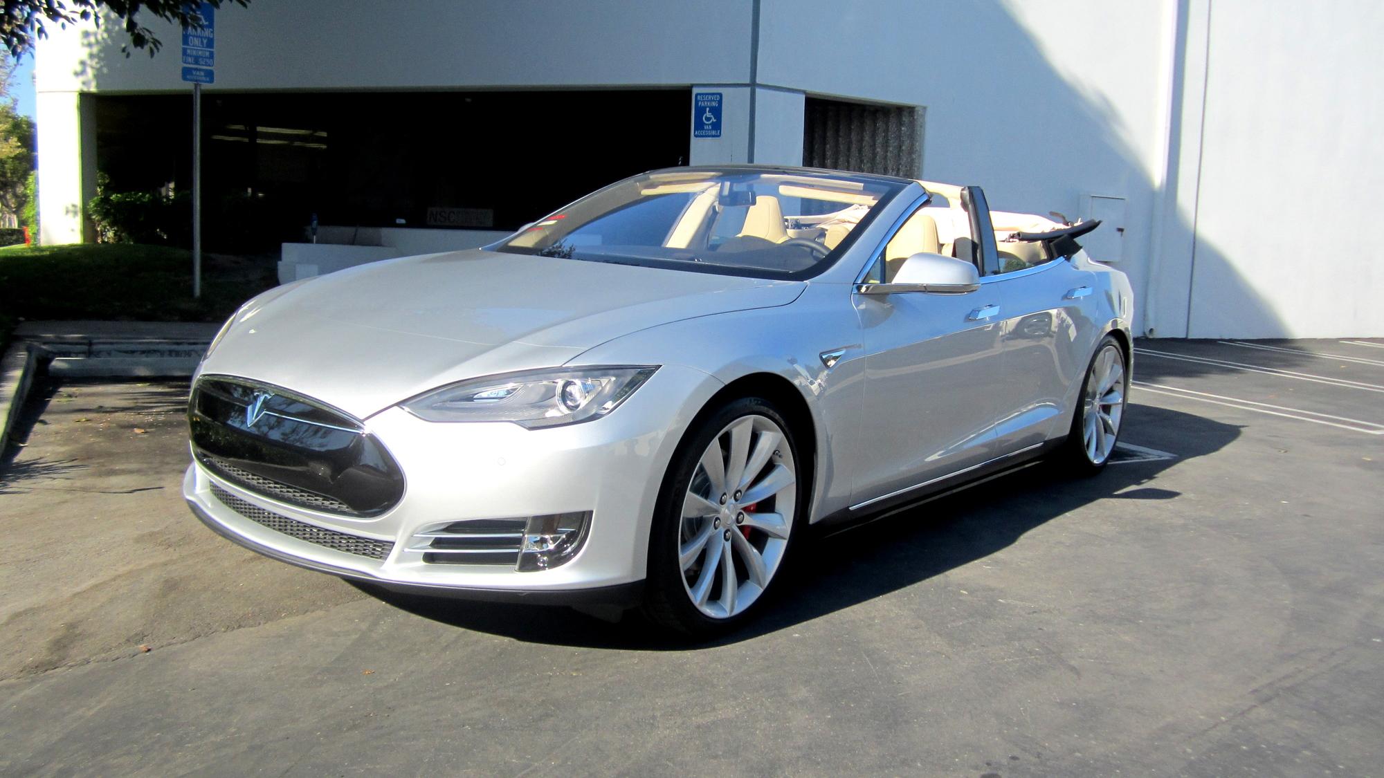 Tesla Model S convertible by Newport Convertible Engineering