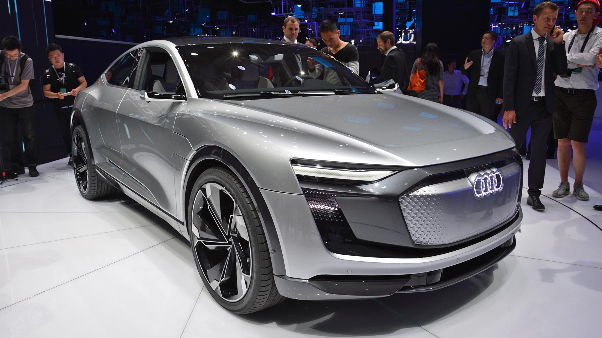 Audi e-tron Sportback Concept, 2017 Shanghai auto show    [photo:Ronan Glon]