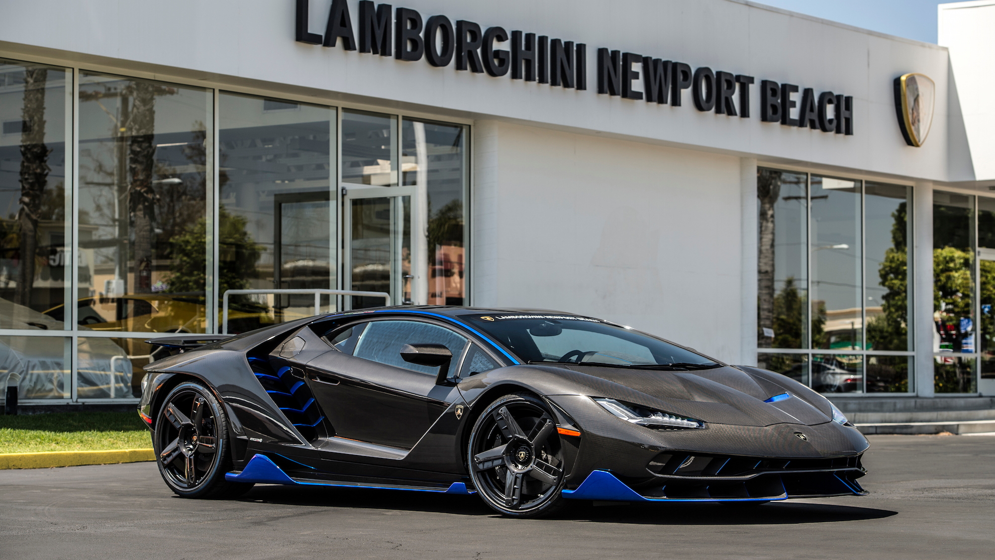 First US-spec Lamborghini Centenario delivered to customer in California