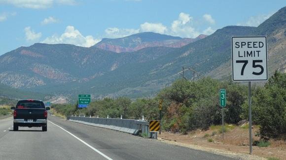 75 mph speed limit sign. Photo via Flickr user CountyLemonade/CC2.0