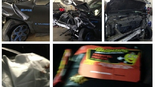 Nate Burleson posts crash aftermath to Instagram