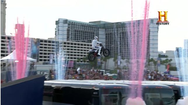 Travis Pastrana Evel Knievel stunt