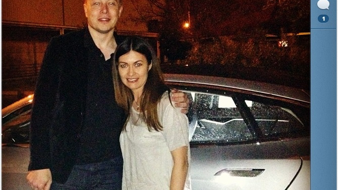 Leilani Münter and the Tesla Model S