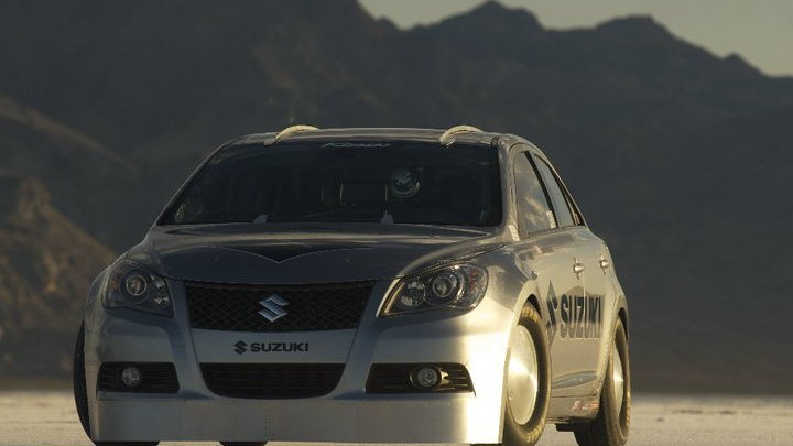 Suzuki Kizashi at Bonneville