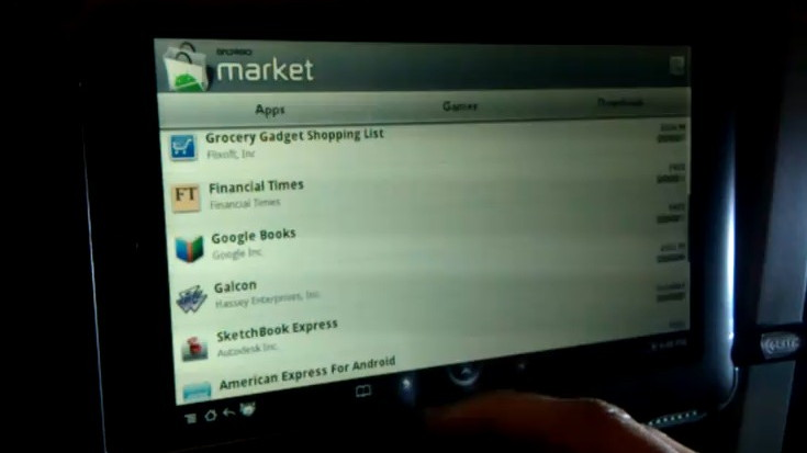 Barnes & Noble Nook Color modded to become in-dash stereo and more