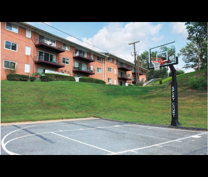 Reviews Prices For Round Hill Apartments Chevy Chase MD - Chevy chase maryland apartments
