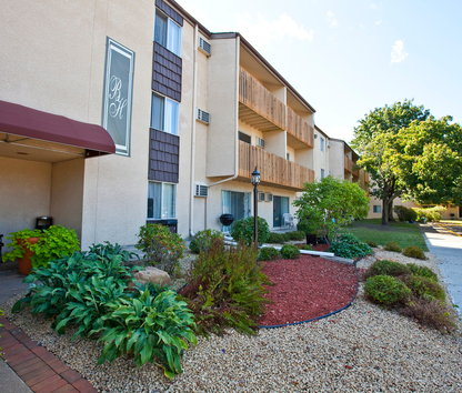 Image Of Bradley House Apartments In Saint Paul, MN