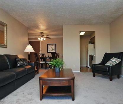 Image Of Fox Ridge Apartments In Omaha Ne
