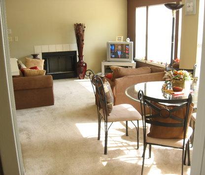 Reviews & Prices for Veranda Apartment Homes, Fullerton, CA