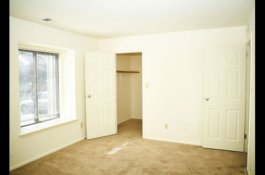 Attractive Image Of Woodbridge Apartments In Bloomington, IN