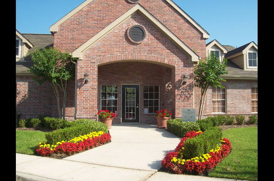 Deerwood Pines Apartments Houston