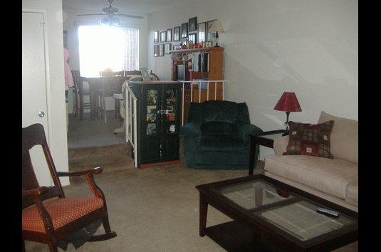 Racquet Club Apartments 16 Reviews Lancaster Ca Apartments For