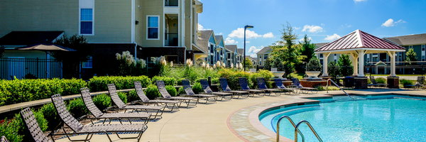 Independence Place Apartments-West Fayetteville