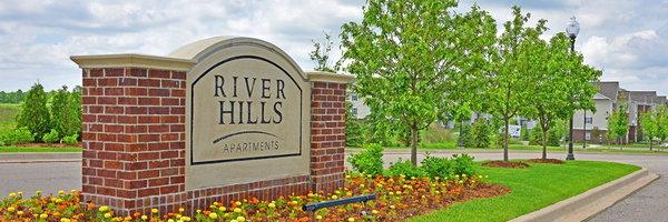 River Hills Apartments