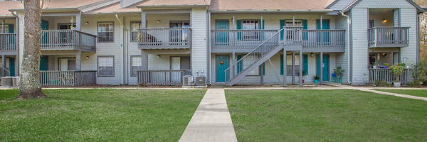 Candleglow Apartments and Brookside Villas