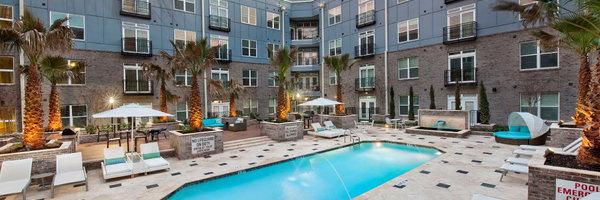 Elan Midtown Luxury Apartments