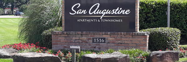 San Augustine Apartments & Townhomes