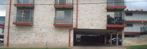 1302 W 24th Street Apartments