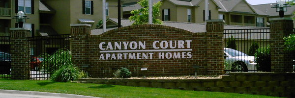 Canyon Court