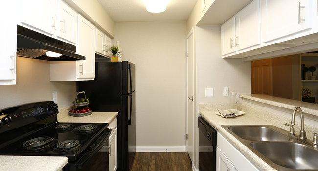 Autumn Ridge Apartments - 333 Reviews   Raleigh, NC
