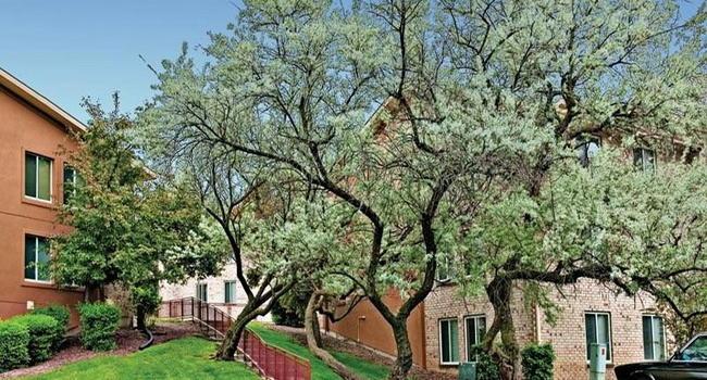 Lakeside Apartments - 221 Reviews | Lisle, IL Apartments ...