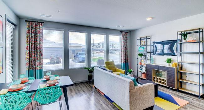 Outlook Gateway - 12 Reviews | Denver, CO Apartments for ...
