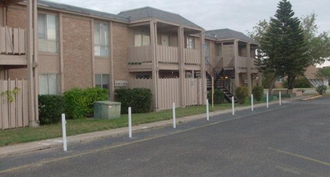 Tamarack Apartments 6 Reviews Mcallen Tx Apartments For Rent