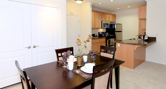 Open Dining Area | Piero Apartments