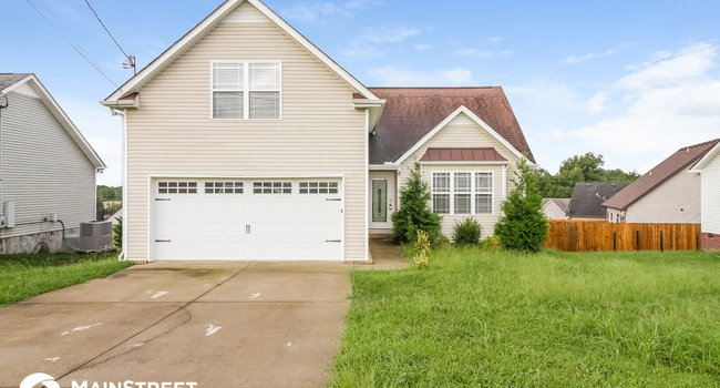 Image of 703 Wildwood Dr in Smyrna, TN