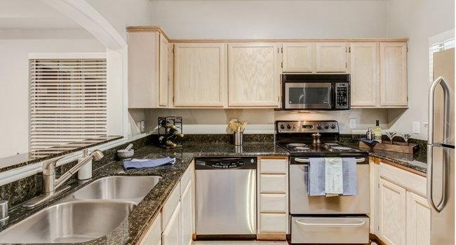 riviera at west village apartments 34 reviews dallas tx