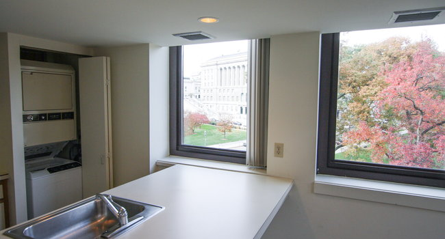 Image Of Old City Hall Apartments In Harrisburg Pa