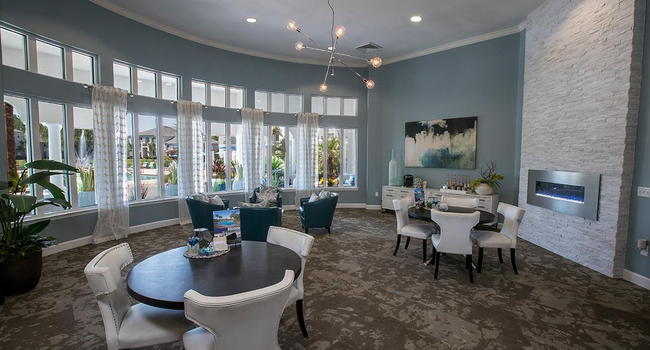 Come on into the resident clubhouse for some complimentary coffee or just to say hello. Our friendly leasing staff is waiting to help you find your new home!