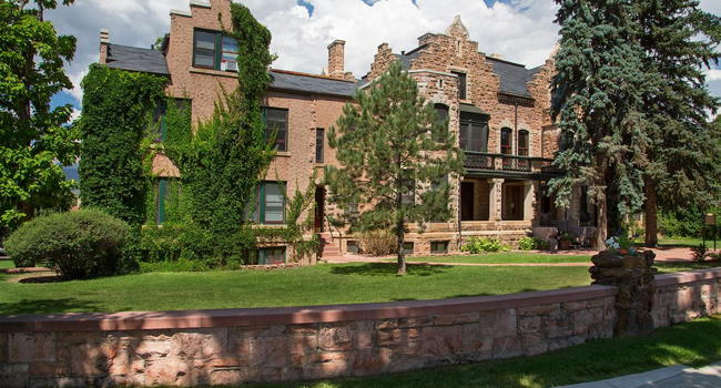 Image Of Cascade Park Apartments In Colorado Springs Co