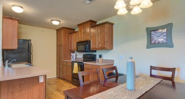 Image of Orchard Park Apartments in Springfield, MO