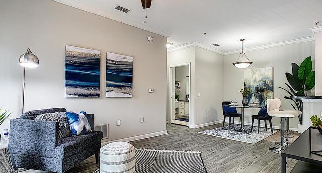 Elevate 155 Apartment Homes - 24 Reviews | Mount Dora, FL ...