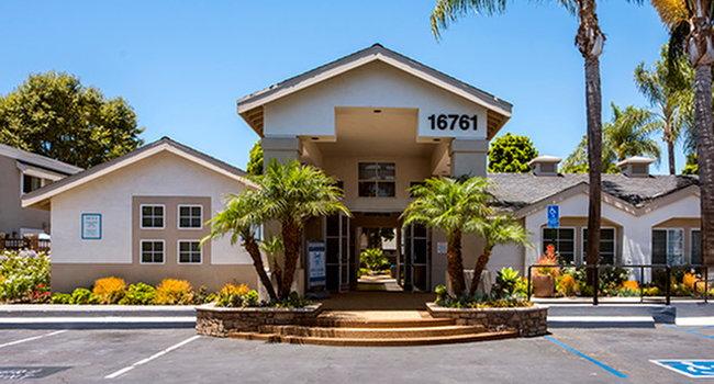 Surf at 39 - 75 Reviews | Huntington Beach, CA Apartments ... Rachel S Keep Townhomes Floor Plans on