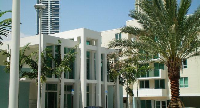 1550 Brickell Apartments