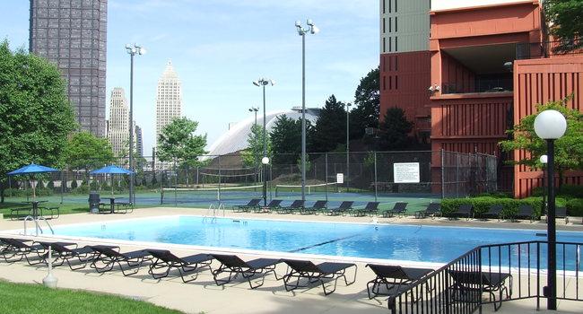 Image Of Washington Plaza In Pittsburgh Pa