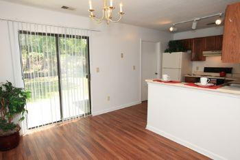 Meredith Square Townhomes 76 Reviews Columbia Sc
