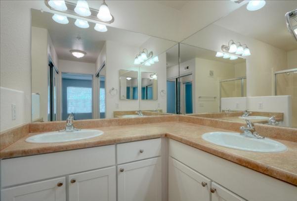 Ridgewood Village - 77 Reviews | San Diego, CA Apartments for Rent